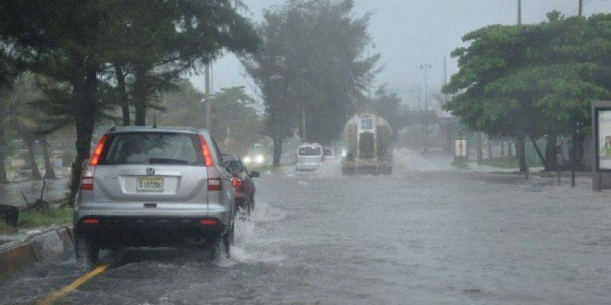 14 provincias en alerta verde por avance de tormenta Isaac