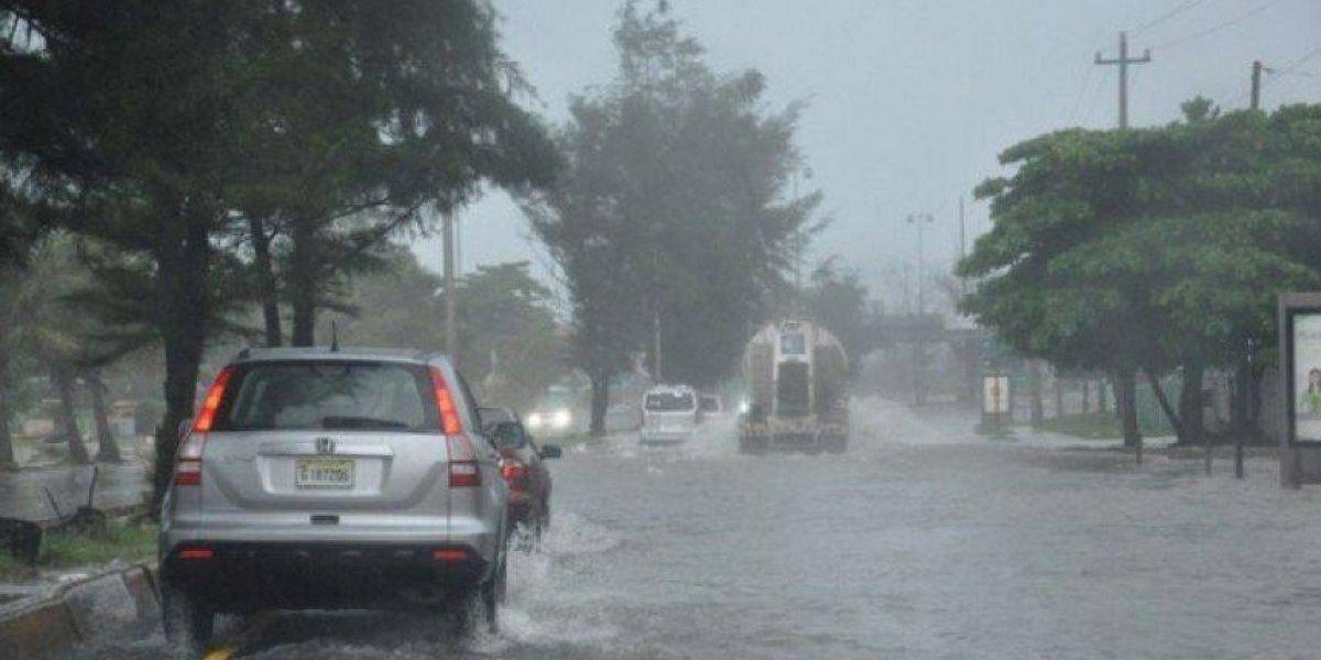 El COE sube de 13 a 17 el número de provincias en alerta por lluvias