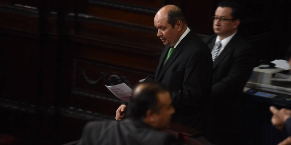 UNE pedirá renuncia de canciller Sandra Jovel