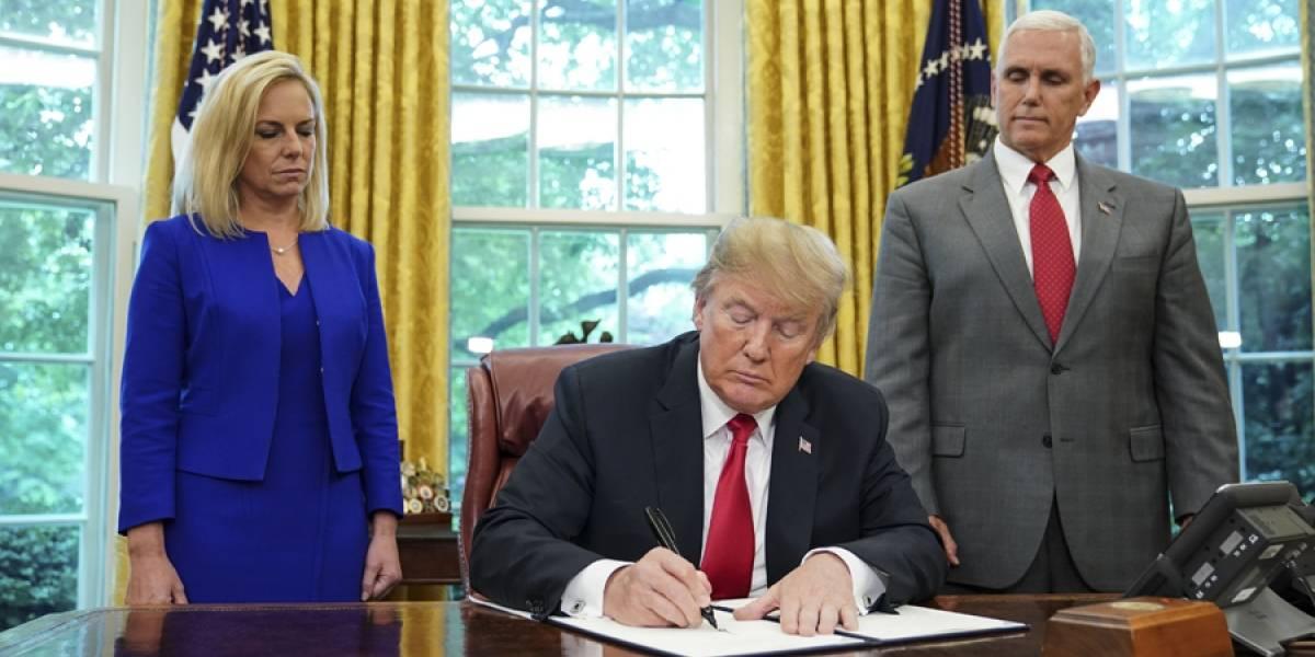Donald Trump da marcha atrás en política de separación familiar