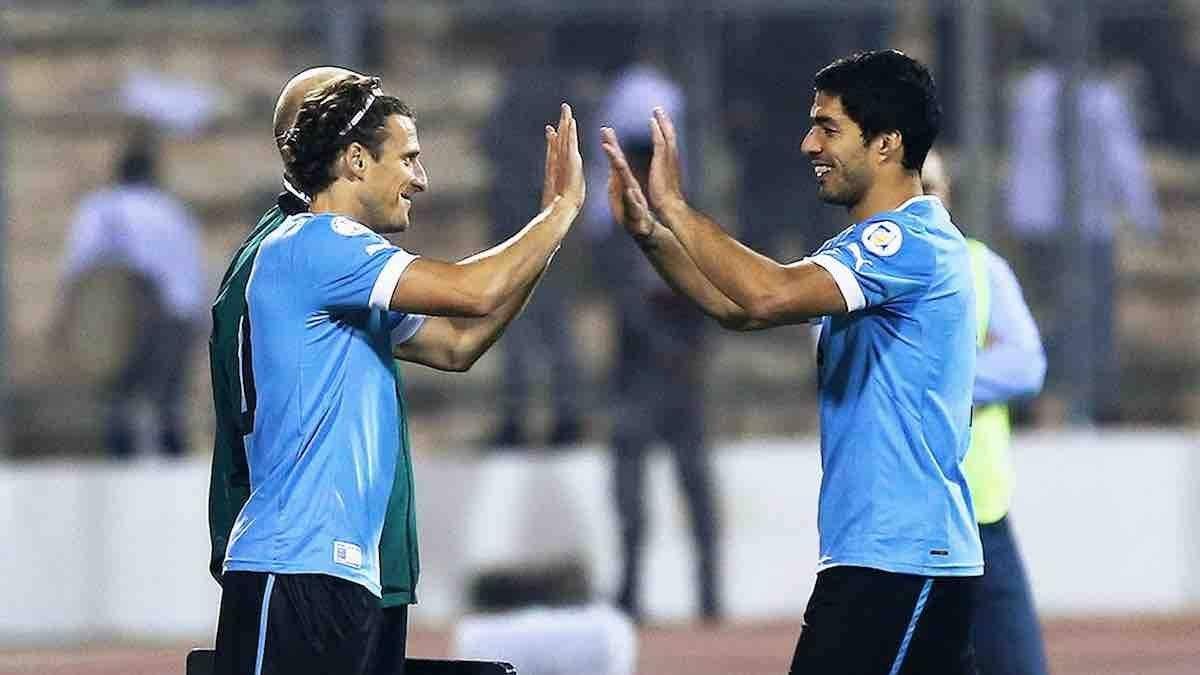 Junto a Diego Forlán son los segundos mejores goleadores en Mundiales.