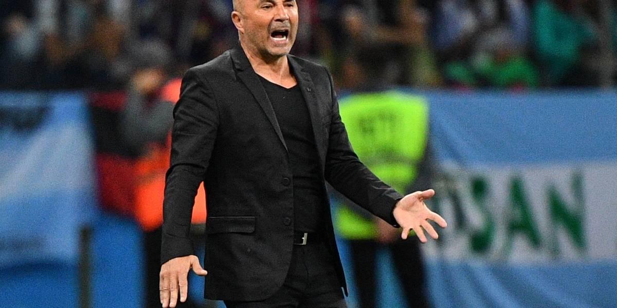Tapia se reúne con Sampaoli y lo revalida como entrenador de Argentina