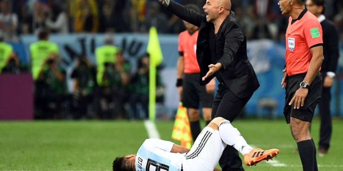 Sampaoli pide disculpas y admite que golpe anímico afectó a Argentina