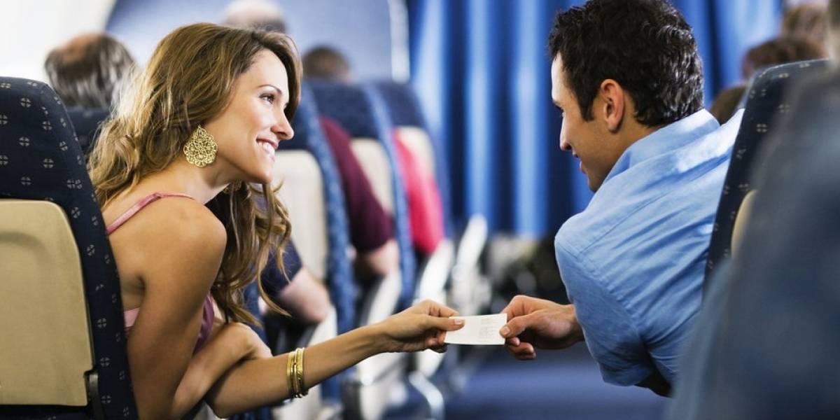 O que pode acontecer quando alguém é flagrado fazendo sexo no avião?