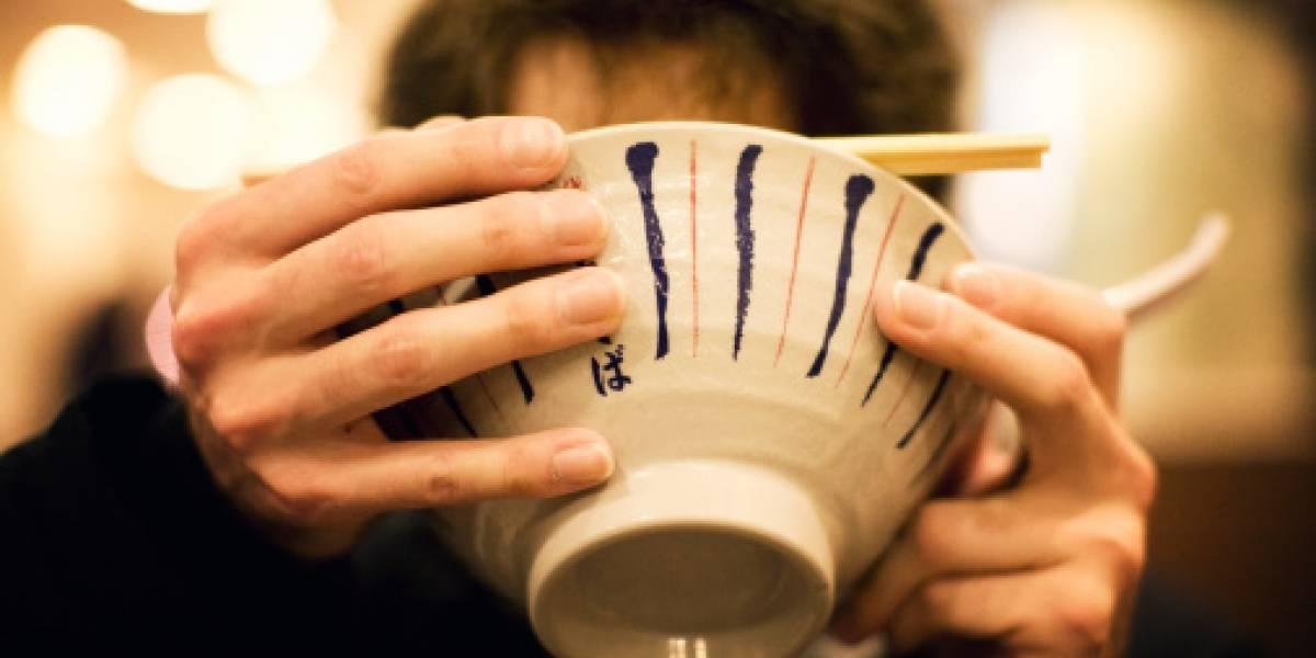 En Chile estaríamos todos castigados: empresa japonesa multa a trabajador por salir a almorzar tres minutos antes de su horario