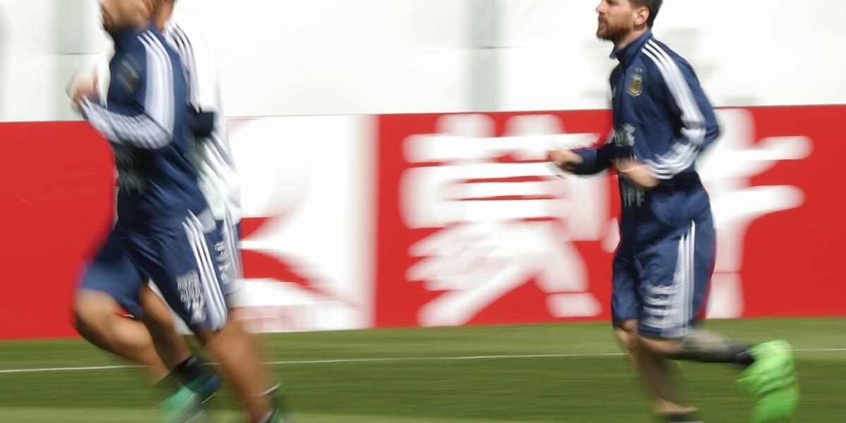 Argentina enfrenta a Croácia com os holofotes mirados para Messi
