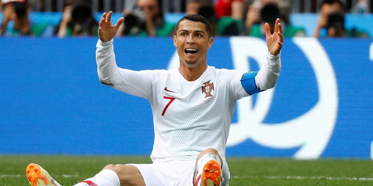 'Seus gols só vieram de bolas paradas', diz ex-jogador do Barcelona sobre CR7