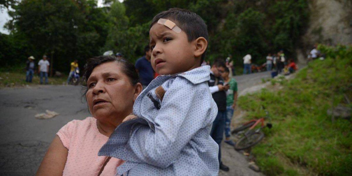 """Pasajera de bus accidentado en Villa Canales: """"Lo primero que pensé fue en mi nene"""""""