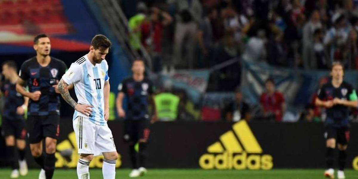 Messi sufre con Argentina