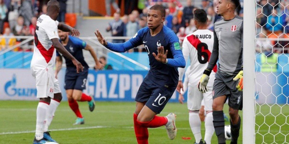 Francia gana, clasifica y elimina a Perú; Dinamarca casi adentro y Australia sueña
