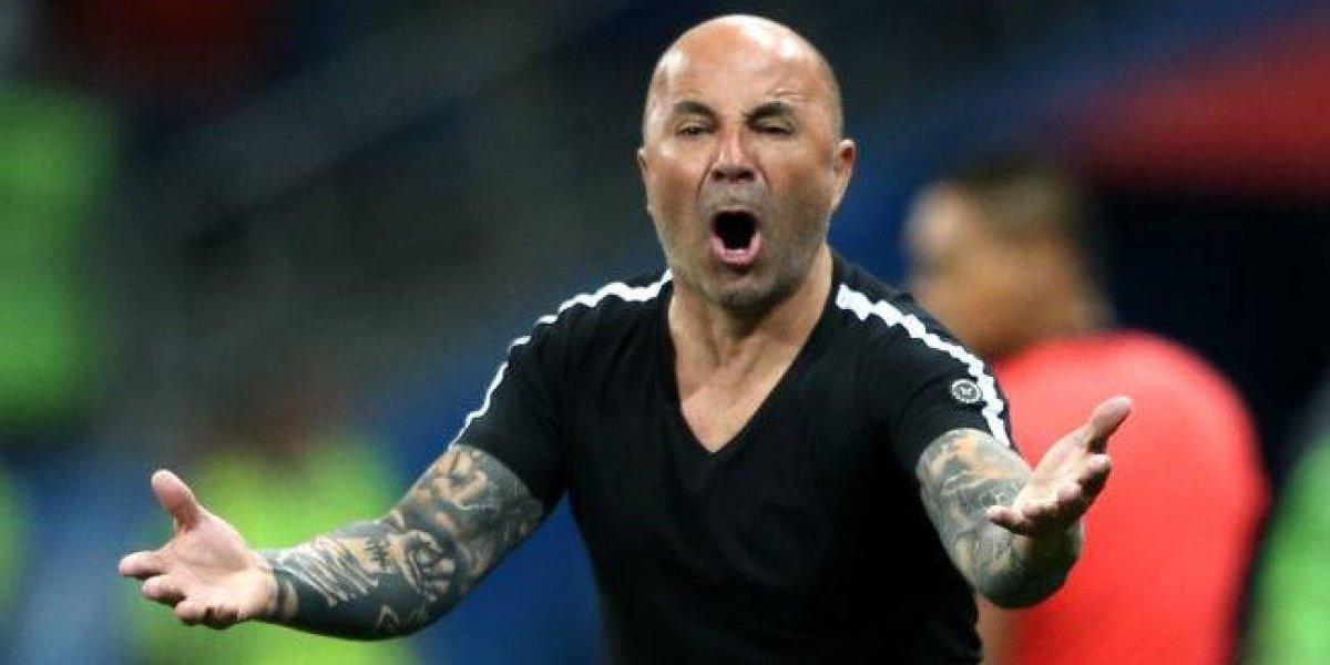 """""""Sampaoli botón..."""": los duros insultos de la hinchada argentina en Rusia para el ex DT de la Roja"""