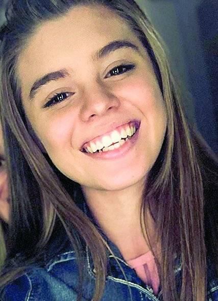 Corina Acosta es Lucero.