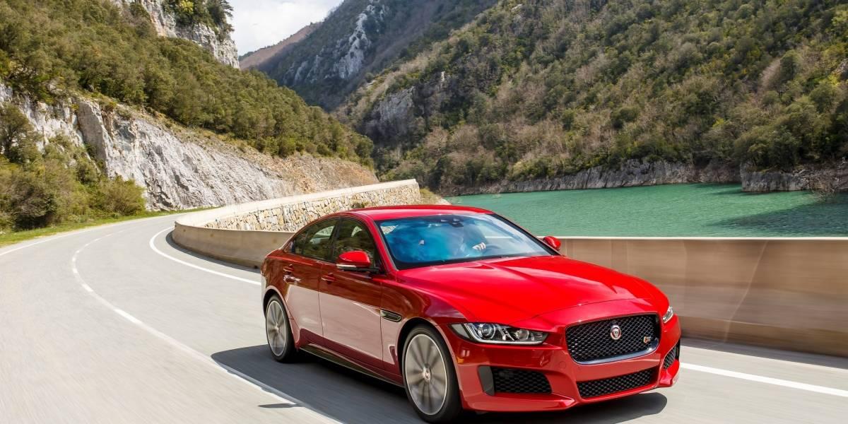 Jaguar XE: La tradición inglesa de lujo en un tamaño manejable