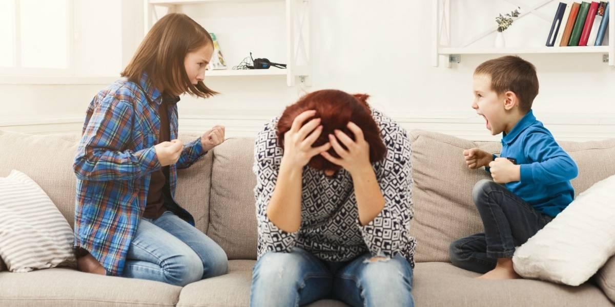 """Estudio asegura que los padres se """"cansan de sus hijos"""" apenas 13 días después de que salen de vacaciones"""