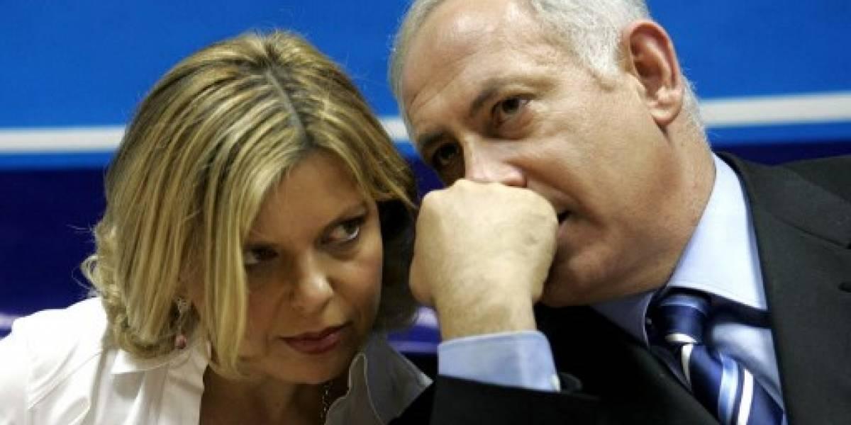 """La esposa del primer ministro israelí, Sara Netanyahu, inculpada de """"fraude"""""""