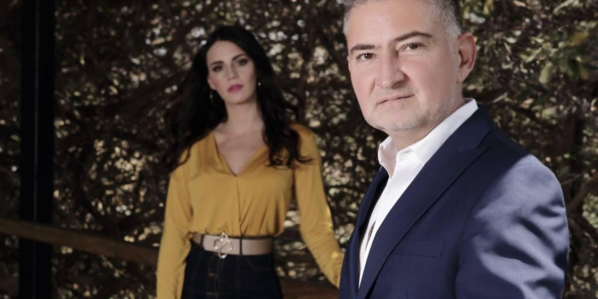 El diseñador, Jaime Ibiza, nos dice cómo cambia un bolso el outfit de una mujer