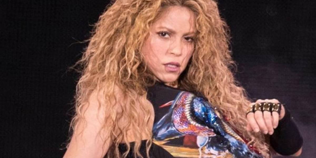 Gerard Piqué calla los rumores de una separación tocando el trasero de Shakira en público