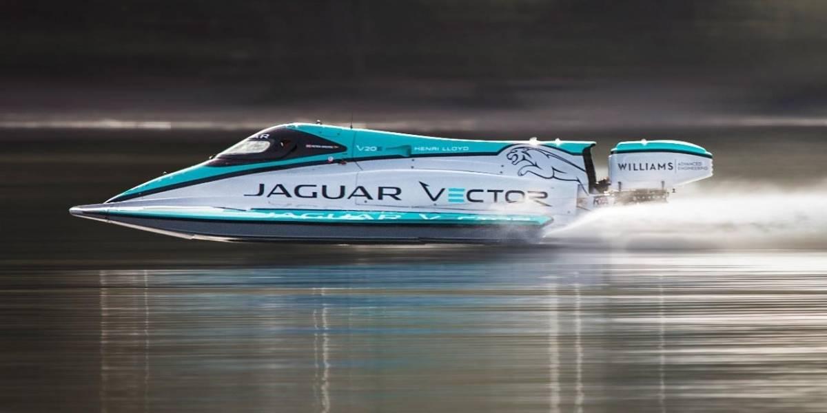 El Jaguar Vector V20E bate los récords de velocidad para un bote eléctrico