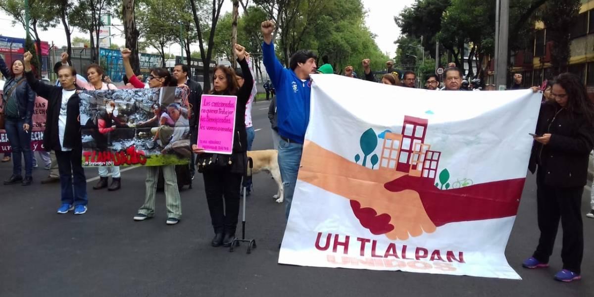 Damnificados de Multifamiliar Tlalpan retiran bloqueo de Calzada de Tlalpan