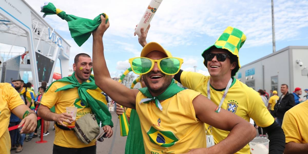 Governo permite a servidor escolher trabalhar ou não em dia de jogo do Brasil
