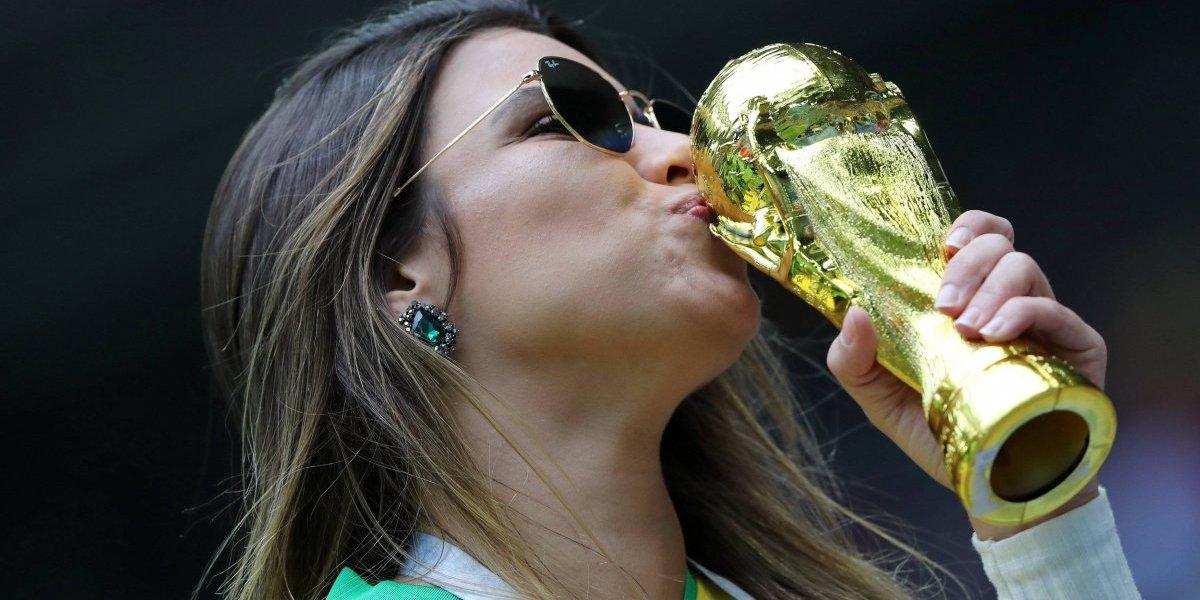 Copa do Mundo: confira a animação dos torcedores no jogo Brasil x Costa Rica