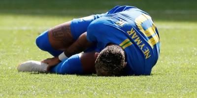 neymar caido selecao brasileira