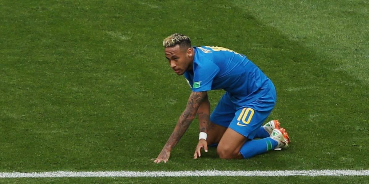 Bar promete bebida de graça a cada tombo do Neymar