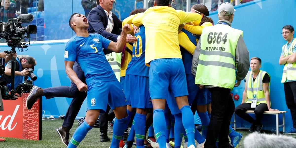 Com gols de Coutinho e Neymar no fim, Seleção Brasileira bate a Costa Rica