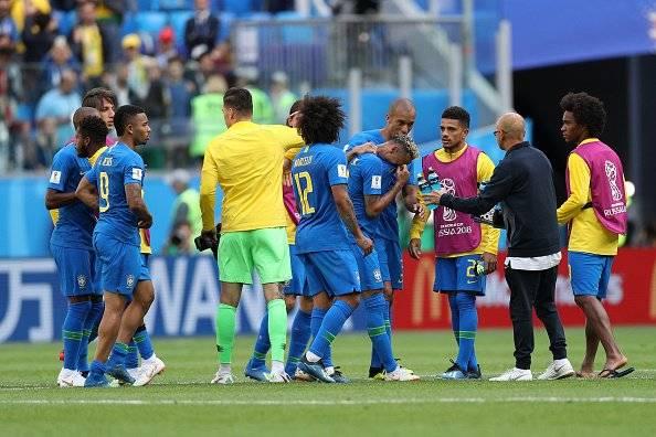 Brasil ganó 2-0 a Costa Rica AP