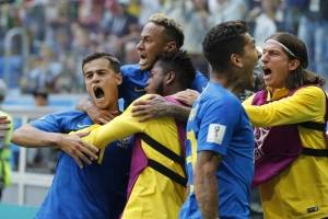 Brasil vs Costa Rica: Lo que el VAR quitó, Neymar lo firmó en la agonía del partido