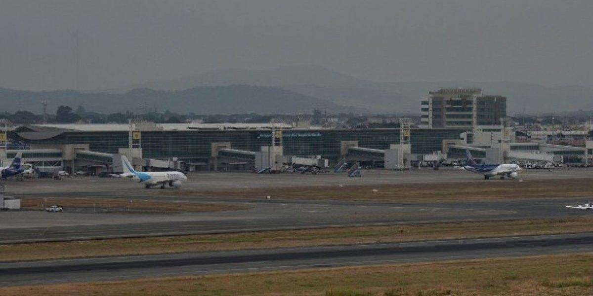 """Aeropuerto Internacional """"José Joaquín de Olmedo"""" suspenderá su atención"""