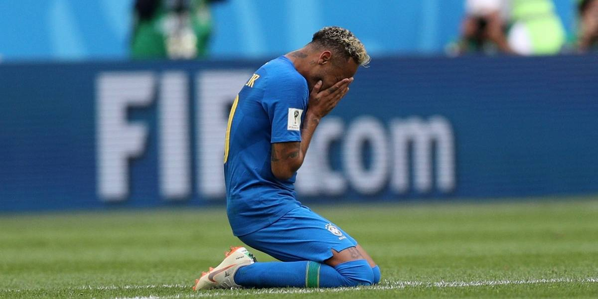Neymar estalla en llanto tras agónica victoria de Brasil sobre Costa Rica