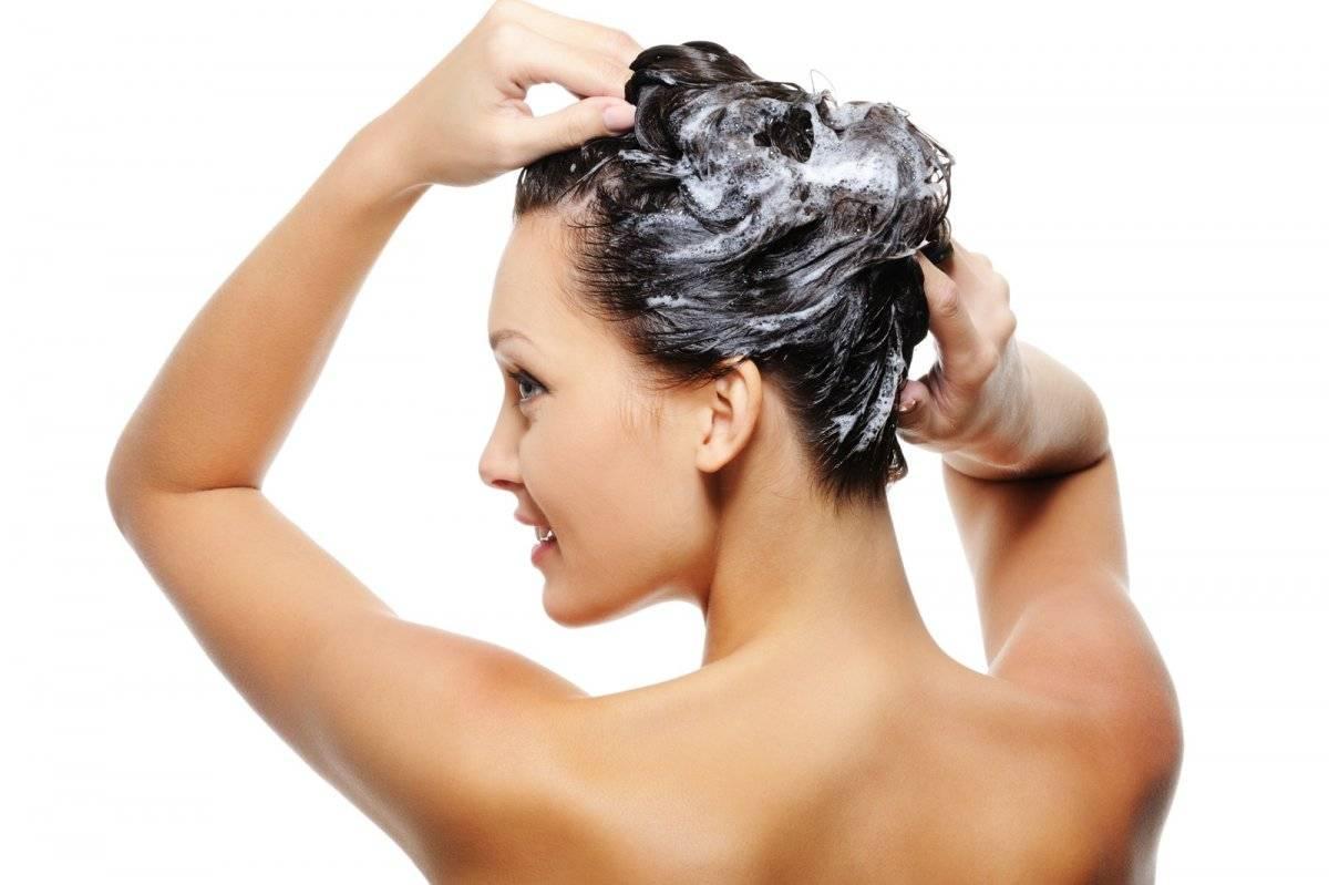 La limpieza es la base del cuidado capilar y el cuidado inicia incluso  antes de entrar a la ducha. La recomendación es iniciar con un tónico  protector ... 46bc4efa5772