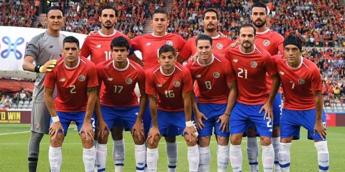 Él es el único jugador centroamericano que ha jugado tres Mundiales