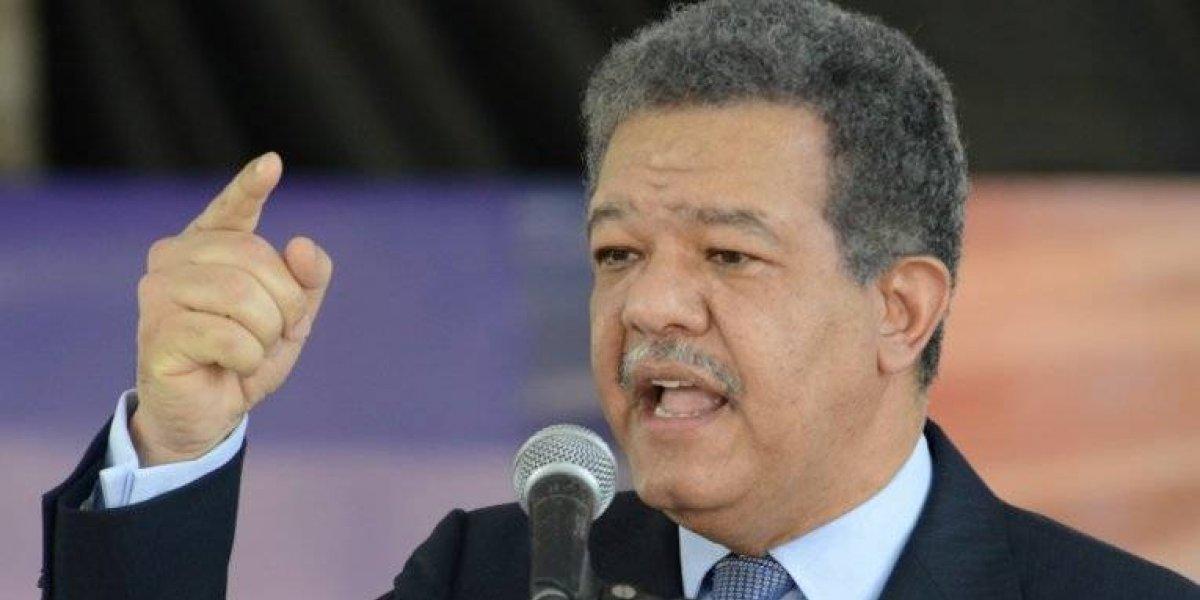 Fernández afirma que la JCE no tiene facultad para restringir a las personas realizan actos proselitismo político