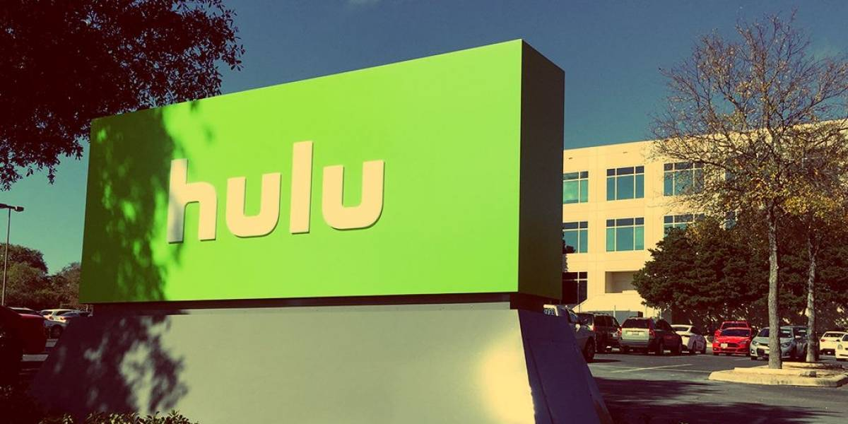 Accidente fatal de Uber: Chofer habría estado mirando un programa en Hulu al momento del accidente
