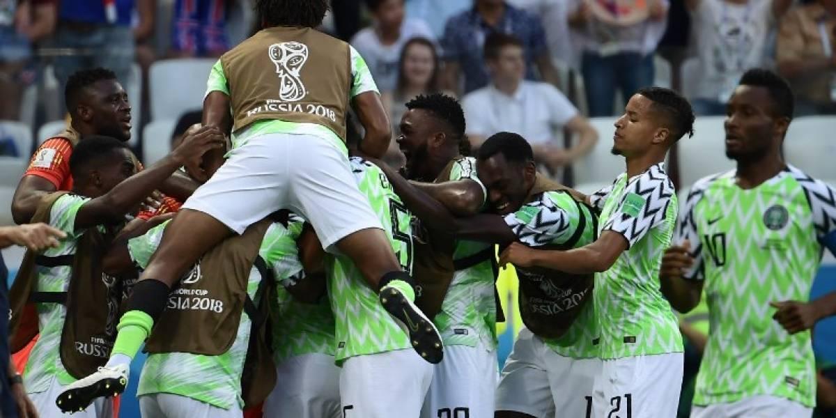Nigeria le da vida a Argentina con su triunfo ante Islandia