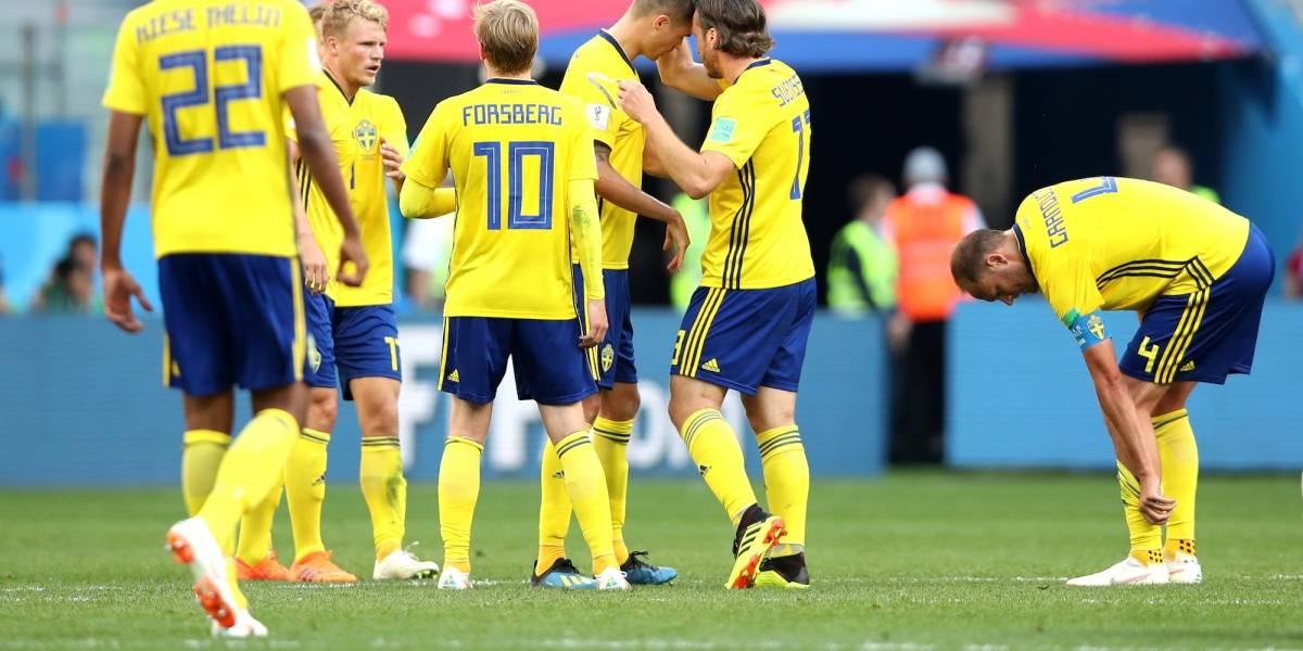 Suecia sufre con tres jugadores intoxicados y un lesionado