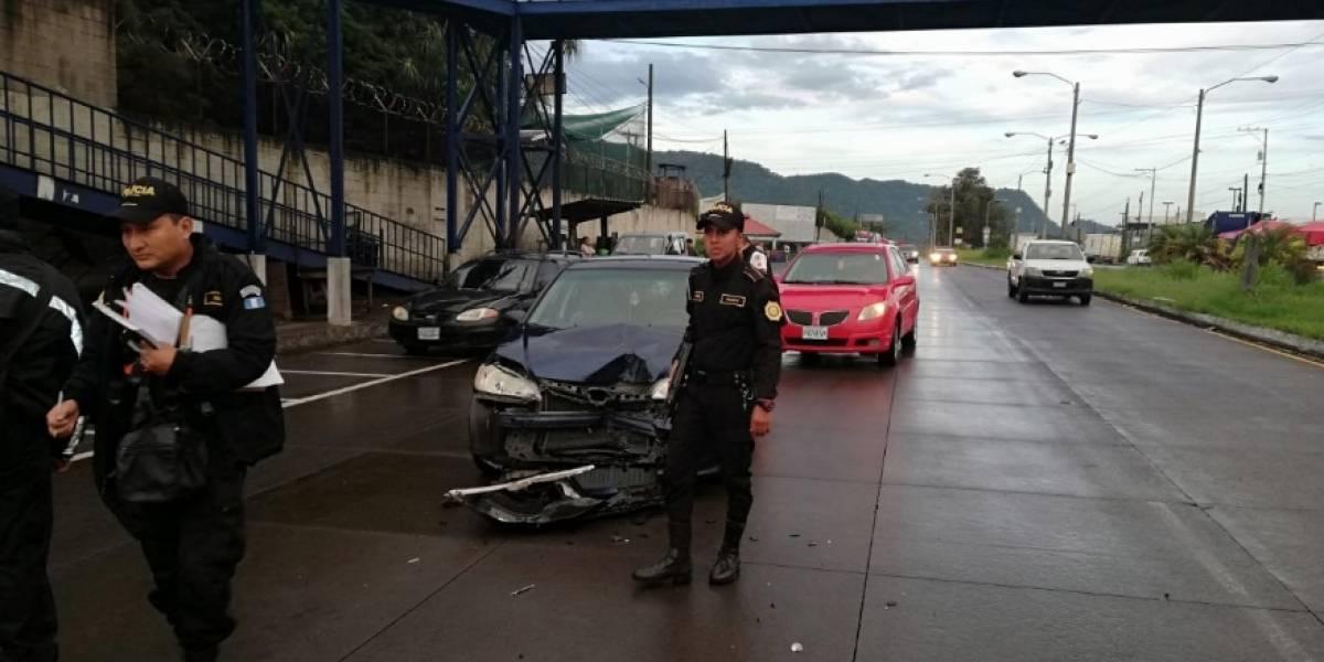 Ataque armado y varios accidentes afectan el tránsito este viernes