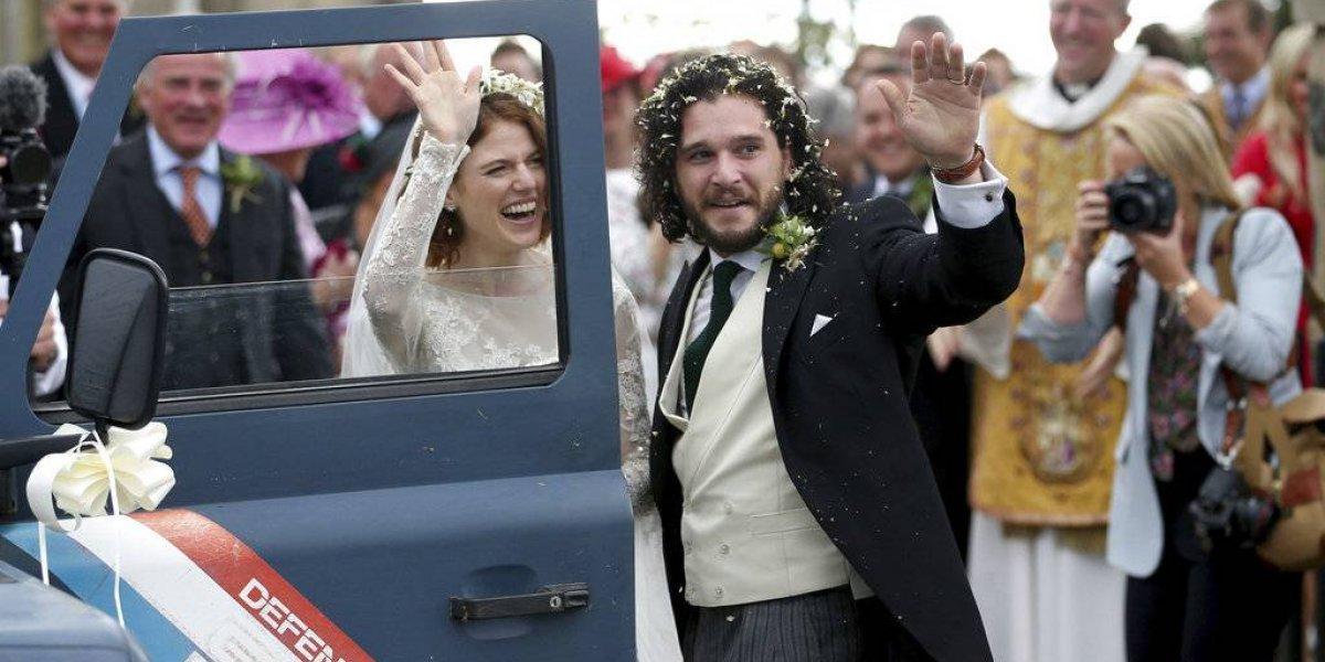 "Sabe mucho: ""Jon Snow"" se casó en un castillo al norte de Escocia"