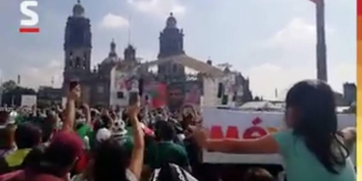 """VIDEO. Vela y el """"Chicharito"""" sacuden a todo México con sus goles"""