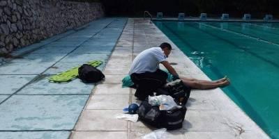 Los Bomberos Voluntarios rescataron el cuerpo de un hombre que se ahogó en la piscina de la Usac.