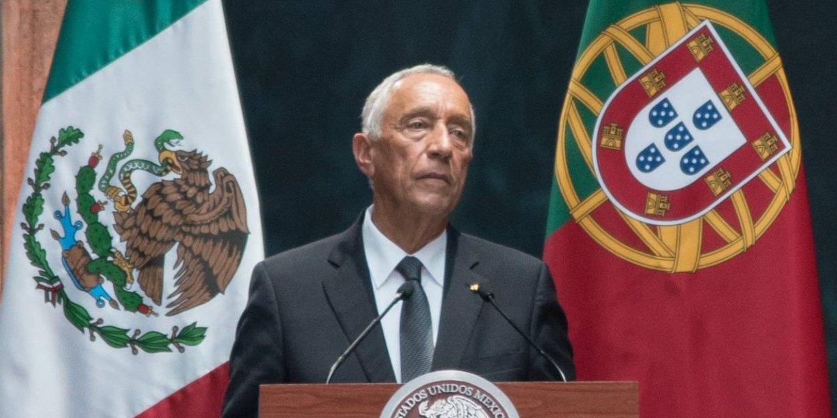 Presidente de Portugal se desmaya en pleno evento; fue hospitalizado