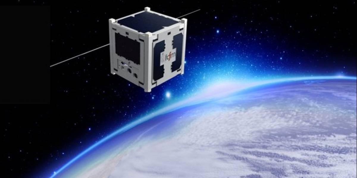 El primer nanosatélite de Chile cumple un año en el espacio: ha dado 5.560 vueltas a la Tierra