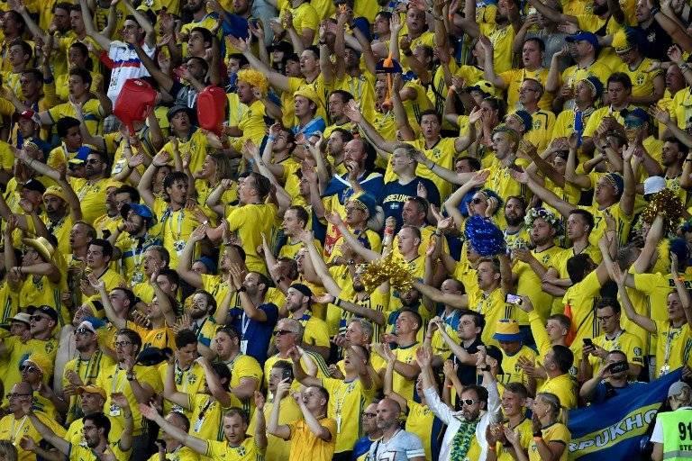 La afición sueca vibró con el gol de su selección