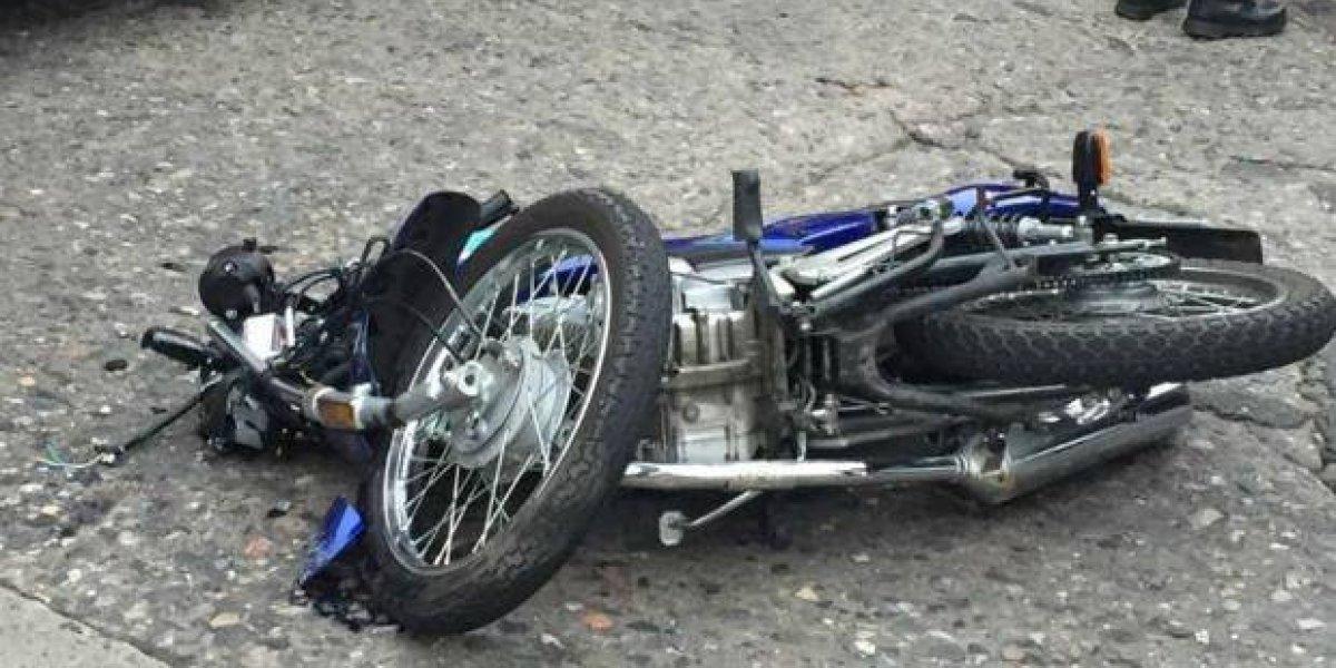 Accidente de tránsito deja una persona muerta y una herida en Azua
