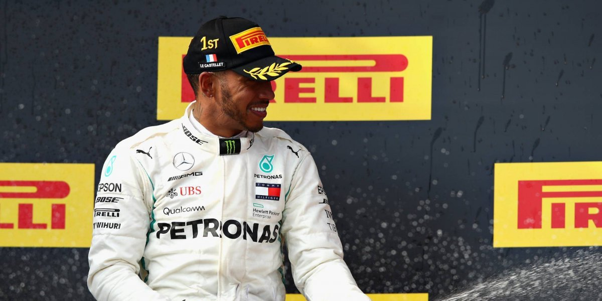 Lewis Hamilton regresa al liderato de la F1