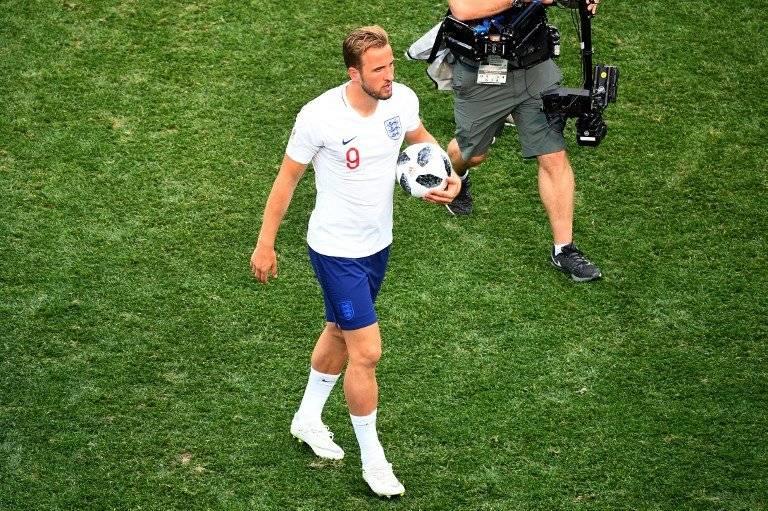 Kane se quedó con el balón al finalizar el encuentro