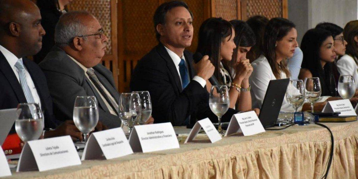 Procurador coordina lucha contra crímenes y delitos