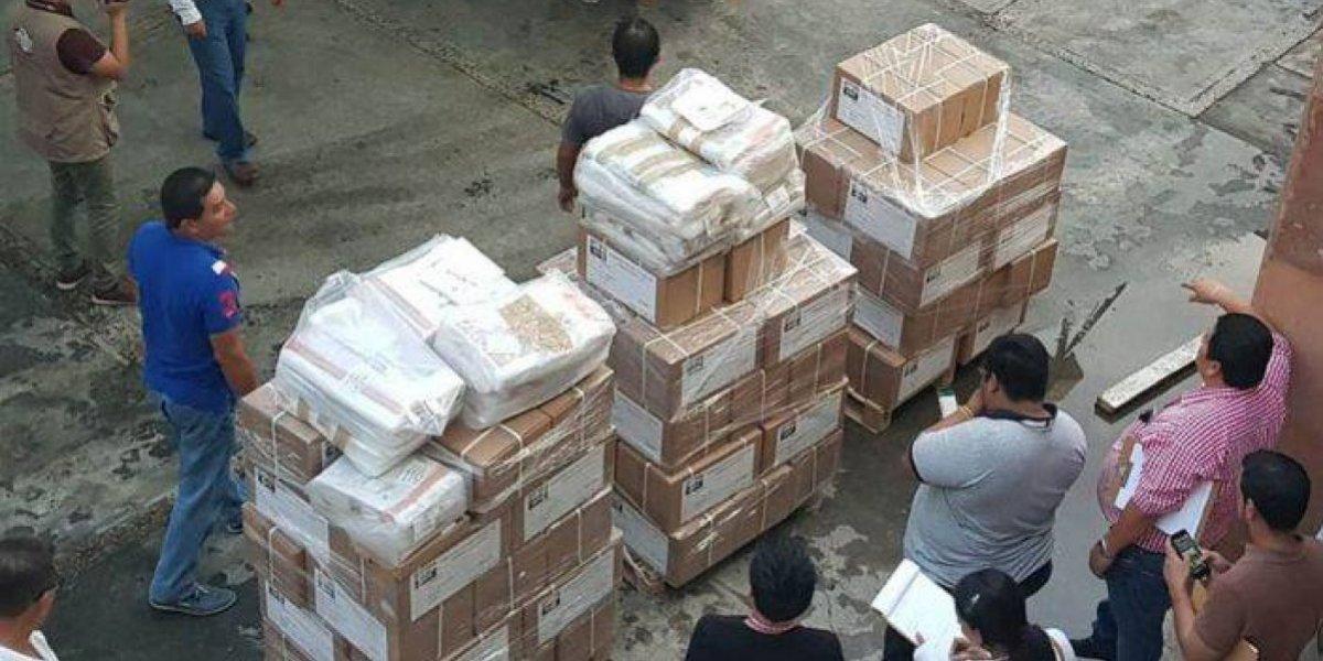 Sujetos armados roban paquetes electorales en Tabasco